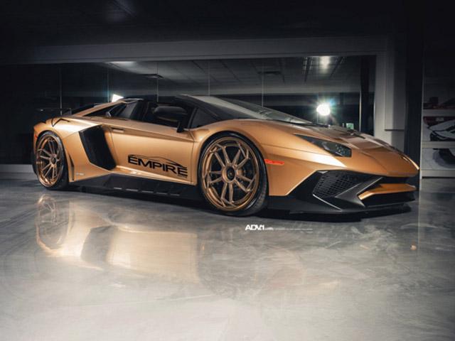 """Lamborghini Aventador SV mui trần """"độ"""" bodykit và mâm ADV hàng hiệu"""