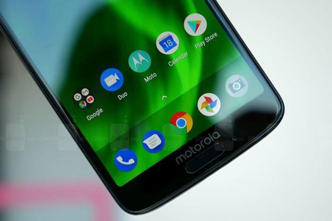 Motorola sắp ra mắt smartphone gập lại, không thua kém gì Samsung - 1