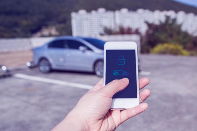 Công nghệ mở khoá xe hơi bằng điện thoại smartphone sắp ra mắt - 1