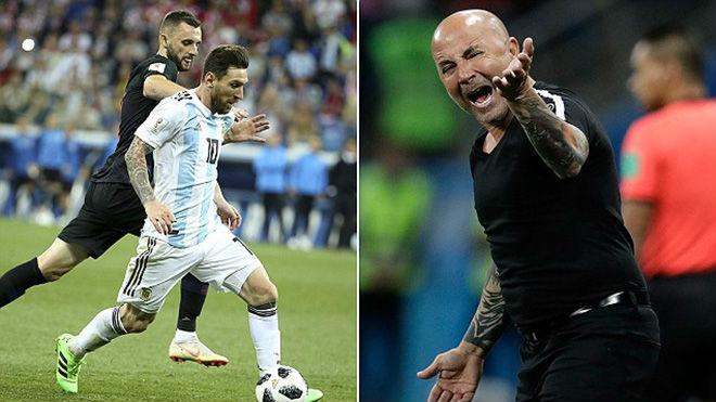 Argentina bạc nhược ở World Cup: Thầy bất tài, Messi tự tầm thường hóa - 1