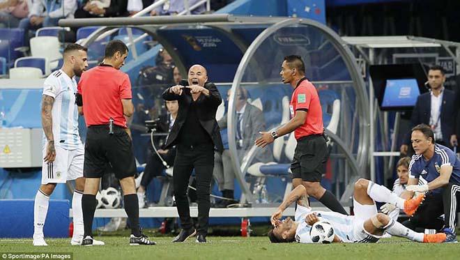 """CỰC SỐC: """"Ông trùm"""" Messi làm phản, Argentina tính sa thải HLV Sampaoli - 1"""