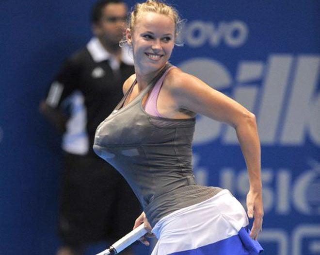 """Kiều nữ tennis nằm sân """"tung vó"""": """"Đỏ mặt"""" trước thềm Wimbledon - 1"""