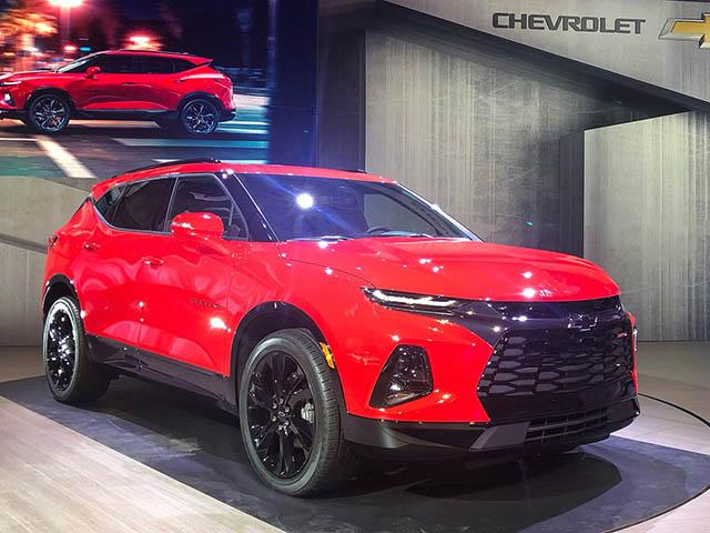"""Chevrolet Blazer 2019 chính thức """"hồi sinh"""" sau 13 năm: Tiền thân của mẫu Traiblazer đang bán tại Việt Nam"""