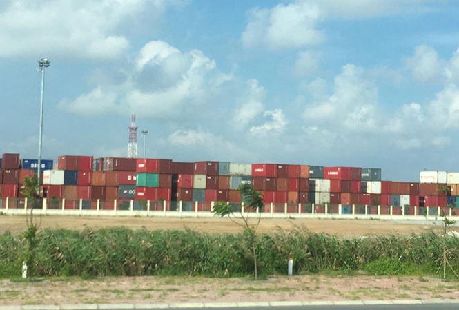 Việt Nam nguy cơ trở thành 'bến đỗ' rác thải, phế liệu - 1
