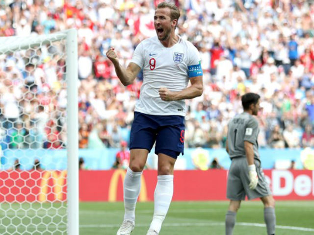 "Harry Kane hat-trick cực ""đỏ"": Ronaldo & Lukaku run sợ, huyền thoại cúi đầu"