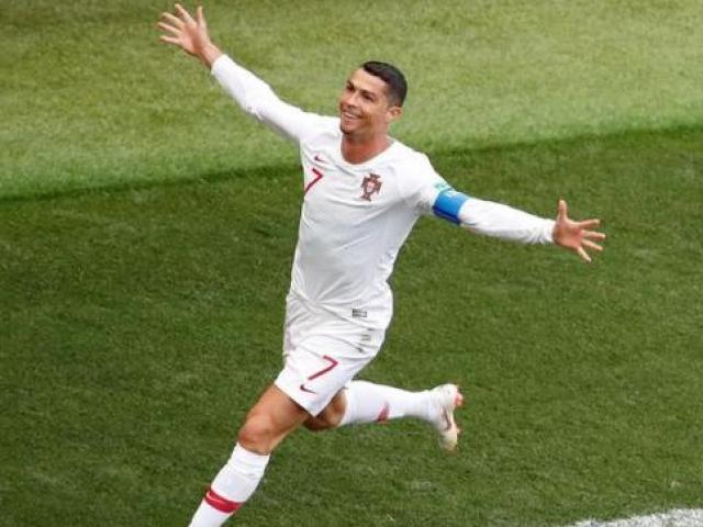 Ronaldo rực sáng, Messi lu mờ World Cup: Sao Chelsea đi ngược dư luận