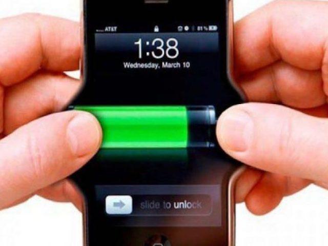 Kiểm tra chất lượng pin iPhone bằng cách… cắn?