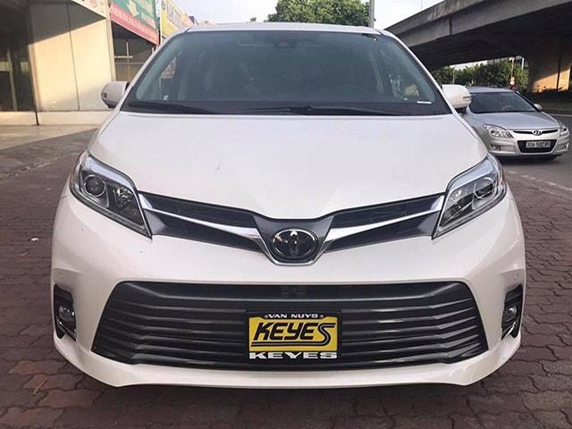 Toyota Sienna Limited 2018 nhập về Việt Nam với giá hơn 4,3 tỷ đồng