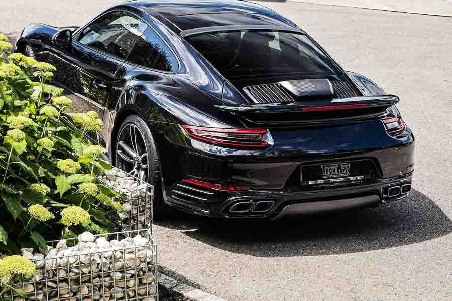 """Porsche 911 Turbo S sẽ có bản độ đặc biệt trước khi bị """"khai tử"""" - 1"""