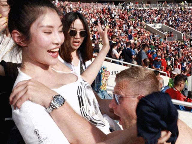 Bom sex Trung Quốc mê World Cup suýt gặp họa