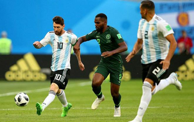 """Tuyệt đỉnh """"thiên tài"""" Messi, Nigeria quỵ gối: Argentina hẹn Pháp vòng 1/8 World Cup - 1"""