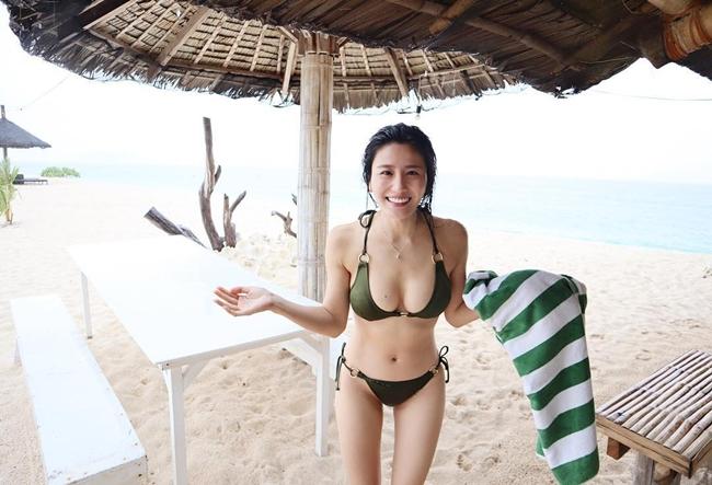 """Cách đây 4 năm, nữ diễn viên Lâm Thiên Dư từng vướng bê bối ân ái trong toilet gây """"chấn động"""" làng giải trí xứ Cảng. Sau scandal tai tiếng này, người đẹp họ Lâm được truyền thông gọi với cái tên """"mỹ nữ sex trong WC""""."""