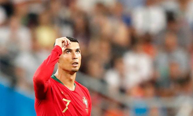 """BĐN đấu Uruguay, Ronaldo có cú sốc: Bị Real rao bán, """"ông trùm"""" hạ giá 1 tỷ euro - 1"""