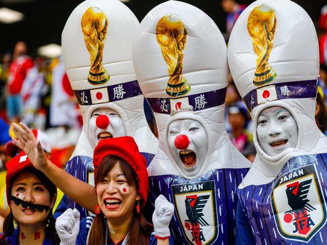 """Nhật Bản ăn mừng World Cup: Đỉnh cao phấn khích, nhảy cầu vì """"sướng quá"""""""