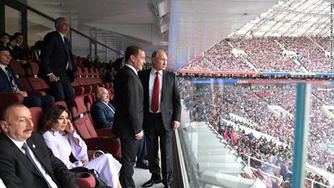 """Với World Cup, Tổng thống Putin đã """"thắng đậm"""" - 1"""