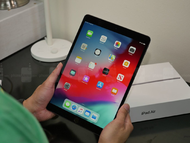 "Khui hộp iPad Air 2019 siêu ""hot"""