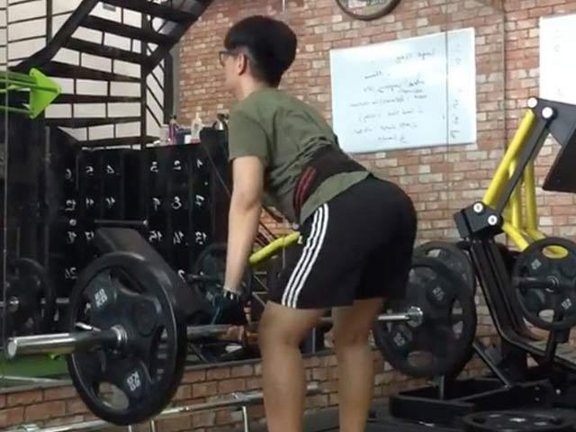 Đào Bá Lộc mỗi lần tập gym nâng vòng 3 chỉ sợ hỏng thứ này