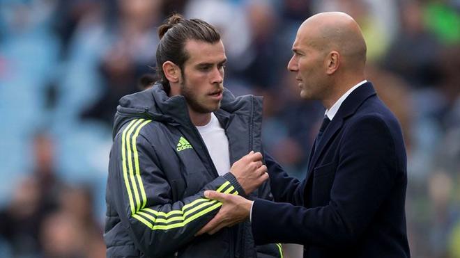 "Real - Zidane ""tống cổ"" 13 sao: Bale bị ""trảm"", MU chờ sao 100 triệu euro? - 1"