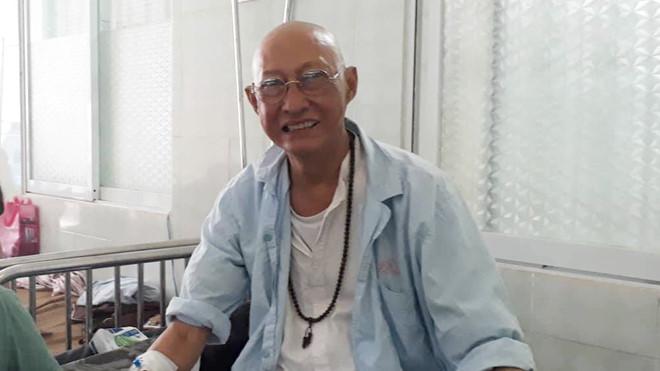 Nghệ sĩ Lê Bình rơi vào tình trạng nguy hiểm, liệt nửa người - 1