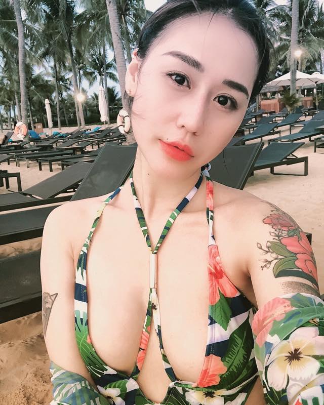 DJ Tiên Moon khoe body nóng bỏng khi đi du lịch cùng chồng cũ Vũ Duy Khánh - 1