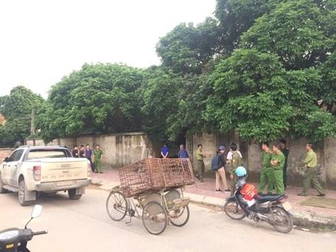 Bắt giữ đàn chó cắn chết bé trai tại Hưng Yên - 1