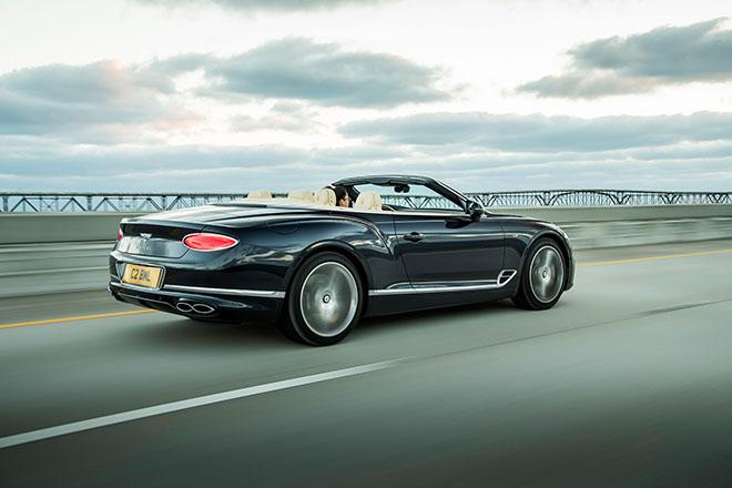 Bentley giới thiệu động cơ V8 trên Bentley Continental GT và GT Convertible - 1