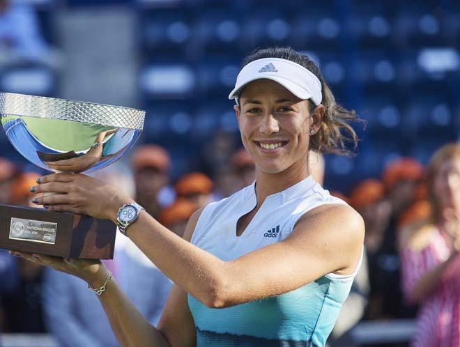 """Mỹ nhân tennis trượt dốc không phanh: Trở lại mơ ngôi """"Nữ hoàng"""" - 1"""