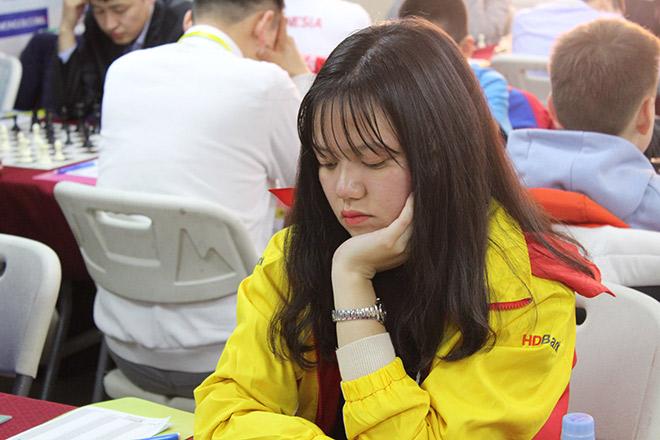 """Nữ kỳ thủ trẻ Việt Nam gây sốc giải cờ vua """"săn"""" vé World Cup - 1"""
