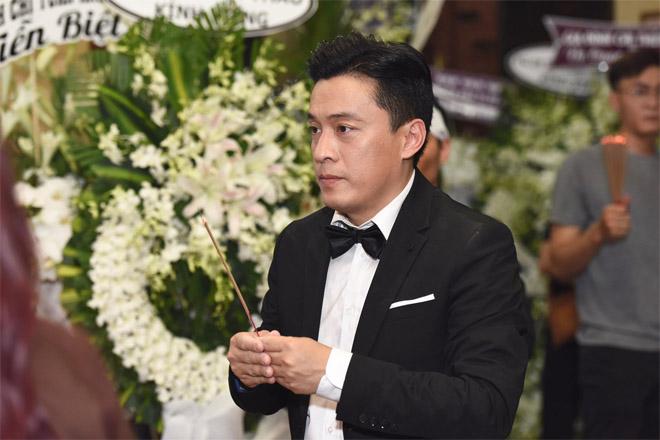 Quyền Linh, Lam Trường lặng người trước di ảnh của NS Anh Vũ lúc đêm muộn - 1