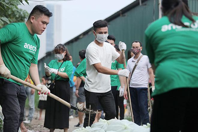 """Quang Hải: Khi """"Quả bóng Vàng Việt Nam"""" làm Đại sứ bảo vệ môi trường - 1"""