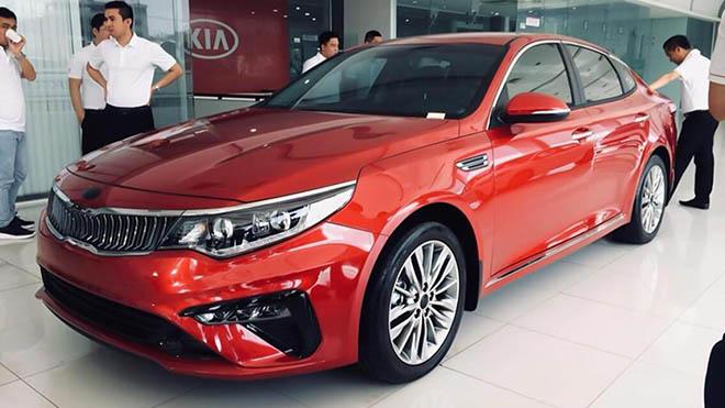 Xe hạng D giá hạng C, 02 phiên bản Kia Optima đã có mặt tại các đại lý - 1