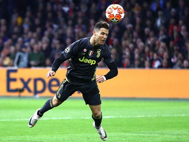 """""""Vua"""" Ronaldo 125 bàn tung hoành cúp C1: Messi bao giờ đuổi kịp?"""