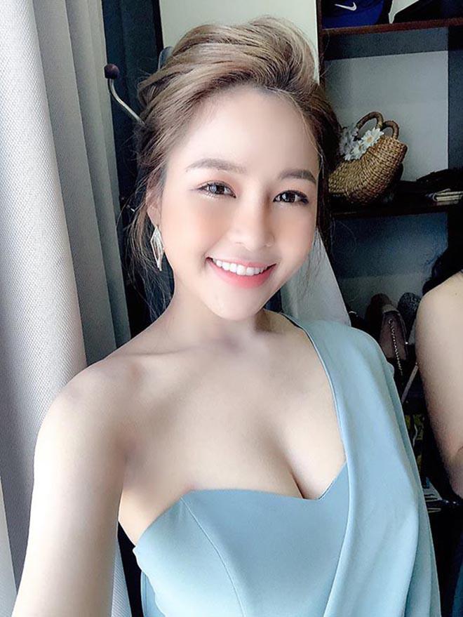 Hot girl Trâm Anh tập luyện thế nào để có thân hình gợi cảm? - 1