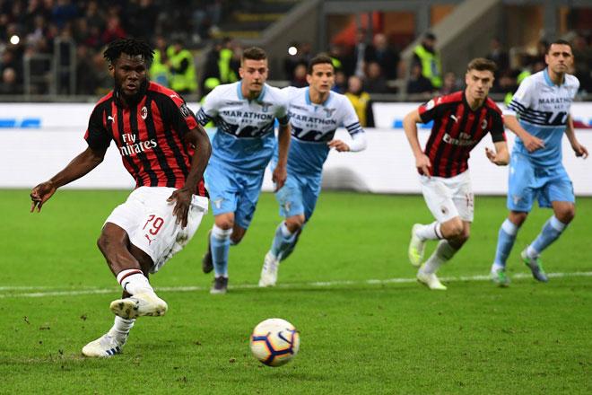 Milan - Lazio: Trừng phạt sai lầm, phạt đền định đoạt - 1
