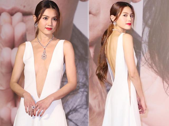 Siêu mẫu Hồng Kông trần tình về chiếc váy cut out
