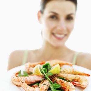 Cách phòng chống ngộ độc hải sản - 1
