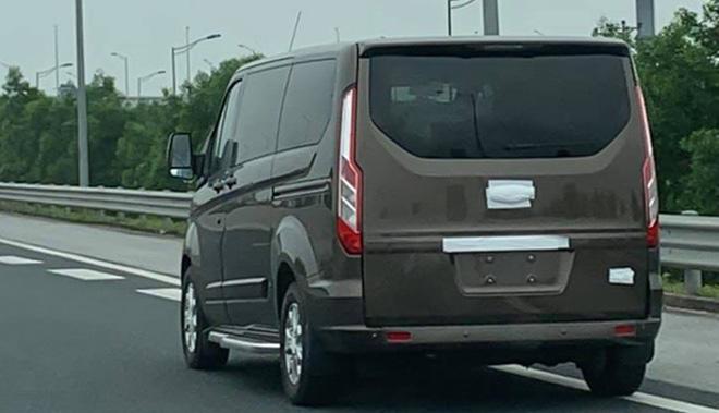 Sớm ra mắt tại Việt Nam, Ford Tourneo Custom là ứng viên sáng giá trong phân khúc MPV cỡ trung - 1