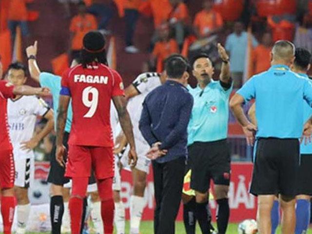 Nhiều HLV và cả trọng tài V-League không biết luật