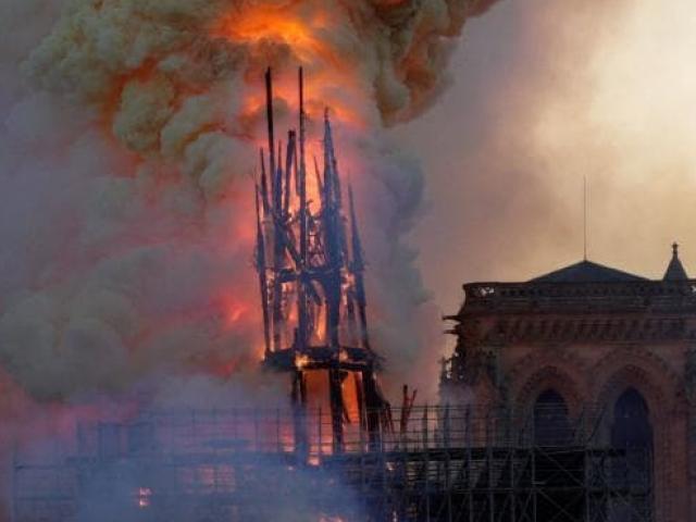 Cháy Nhà thờ Đức bà Paris: Nguyên nhân do đâu?