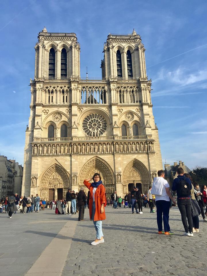 Nhà thờ Đức Bà Paris 15 phút trước khi bị ngọn lửa thiêu rụi - 1