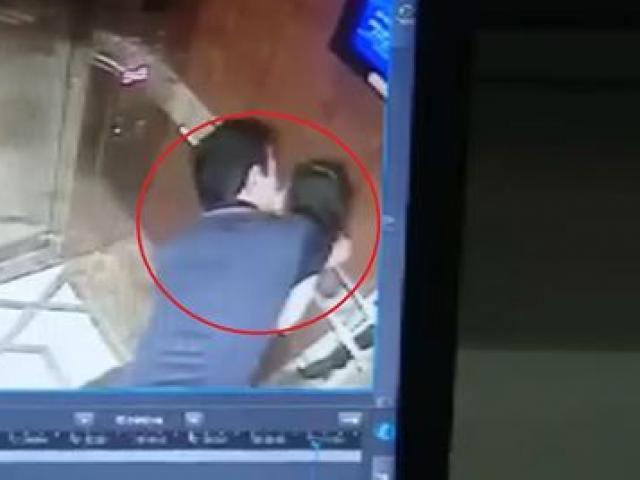 """Vì sao chưa khởi tố vụ cựu phó viện trưởng VKS """"nựng"""" bé gái trong thang máy?"""