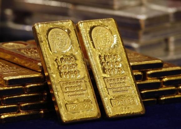 Giá vàng hôm nay 17/4: Vàng bị bán tháo, xuống đáy của gần 4 tháng - 1