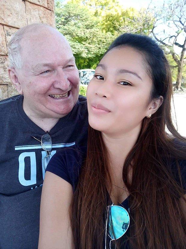 Phải lòng ông lão 71 tuổi qua mạng, cô gái 23 tuổi quyết cưới sau vài tháng - 1