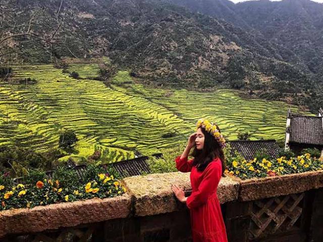 Đâu chỉ có Phượng Hoàng cổ trấn, Trung Quốc còn có Vụ Nguyên đẹp như một giấc mơ