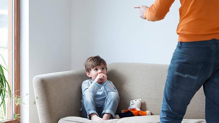 Nếu vừa la mắng con, cha mẹ nhất định phải làm điều này để không khiến bé thêm tổn thương - 1