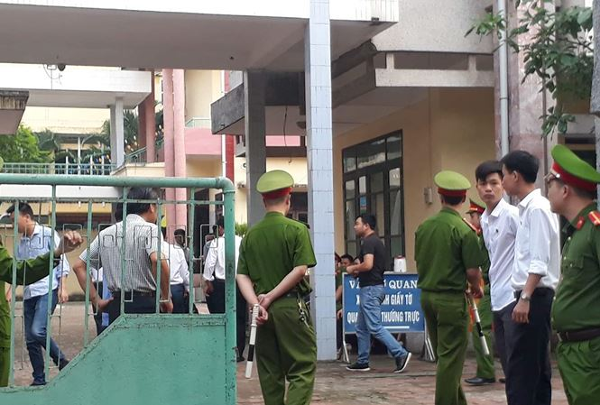 Hơn 10 năm tù cho 4 bị cáo phạm tội giao cấu với trẻ em tại Thái Bình - 1