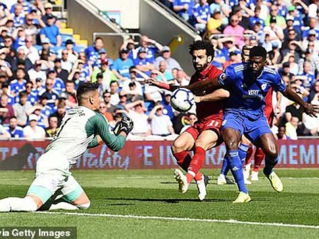 Cardiff City - Liverpool: Tuyệt phẩm vô-lê, penalty giải tỏa áp lực