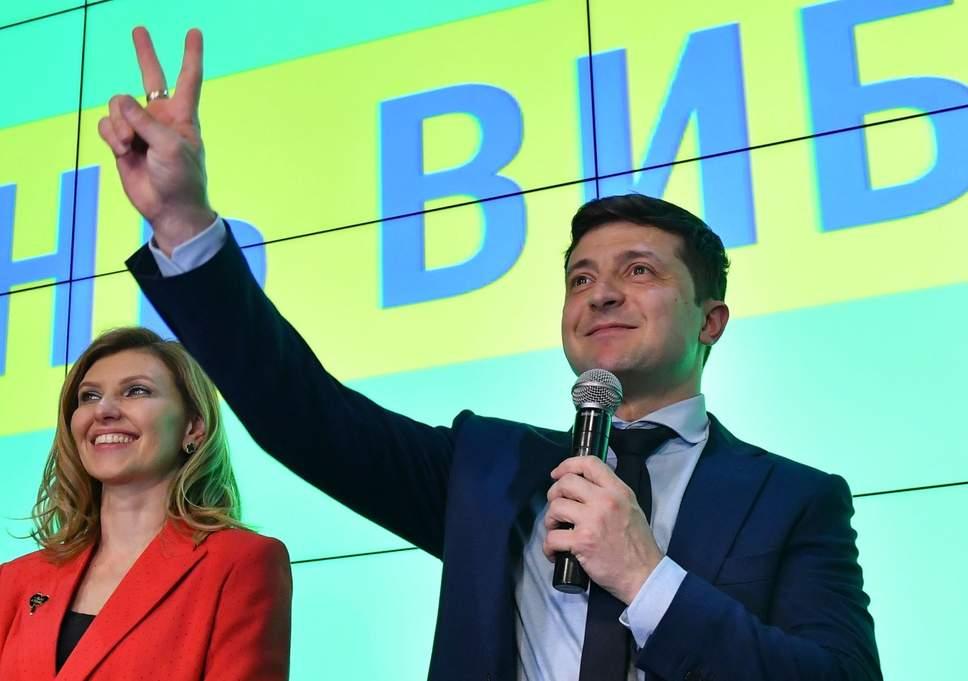 Diễn viên hài chiến thắng áp đảo cuộc bầu cử tổng thống Ukraine - 1