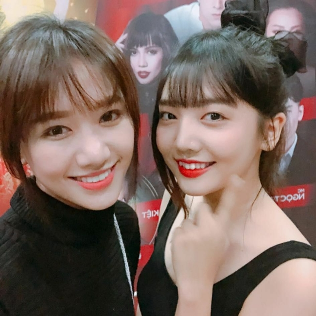 Rudya Yoo là em gái ruột của Hari Won. Bà xã Trấn Thành là chị cả trong gia đình có 3 chị em gái. Sau cô là em gái Maria và em út Rudya.
