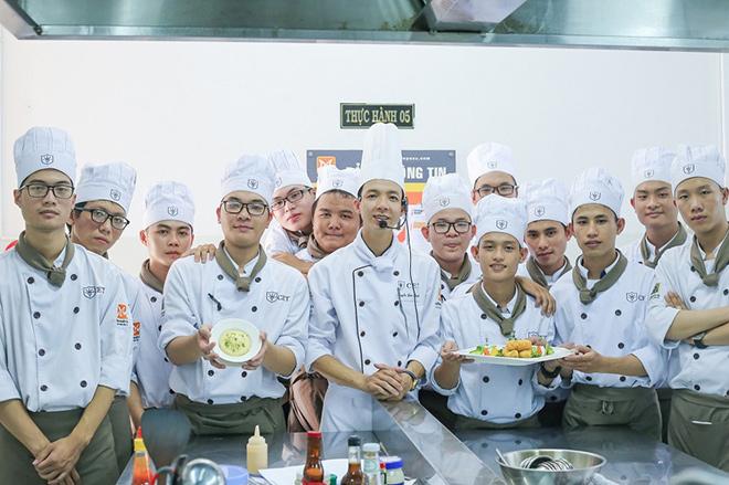 Trường Trung cấp Kinh tế - Du lịch TP.HCM (CET) tuyển sinh năm 2019 - 1
